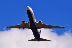 Воздух Украина Боинг 737 Azur Стоковые Фотографии RF