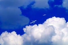 2 воздушного судна в облаках Стоковое фото RF