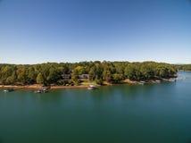 Воздушное изображение дома озера в Южной Каролине Стоковые Фото