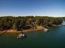 Воздушное изображение дома озера в Южной Каролине Стоковое Изображение RF