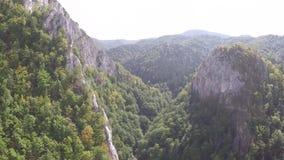 Воздушное фотографирование румына Montains видеоматериал