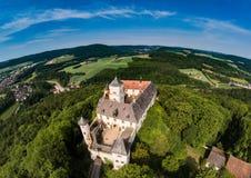 Воздушное фото замка Greifenstein на suisse franconian Стоковые Изображения