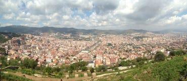 воздушное tibidabo горизонта горы города barcelona к взгляду Стоковая Фотография