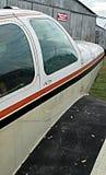 Воздушные судн винтажного амбара бушуя Стоковое фото RF