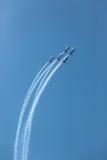 Воздушные судн летая акробатика образования Стоковые Фото
