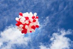 Воздушные шары в небе, облака Торжество, событие Стоковые Изображения