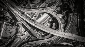 воздушный взгляд взаимообмена хайвея река южная Украина dnepr kiev моста Киев, Украин стоковые фото