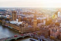 воздушный взгляд панорамы london Взгляд к домам Parliamen Стоковое фото RF