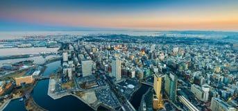 Воздушный взгляд pamorama городского пейзажа Иокогама на районе портового района Minato Mirai Стоковое Фото
