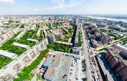 Воздушный вид на город ландшафт урбанский Съемка вертолета изображение панорамное Стоковые Фотографии RF