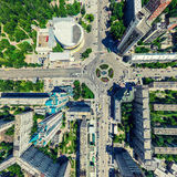 Воздушный вид на город ландшафт урбанский Съемка вертолета изображение панорамное Стоковое фото RF