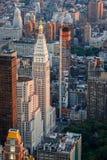 Воздушный городской взгляд центра города восточный, Манхаттан, Нью-Йорк, сумрак Стоковые Изображения