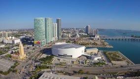 Воздушный отснятый видеоматериал городского Майами акции видеоматериалы