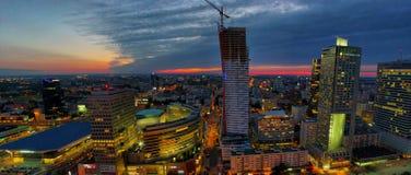 Воздушный панорамный взгляд на Варшаве городской к ноча, от вершины дворца культуры и науки, Варшава, Польша Стоковая Фотография RF
