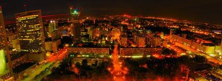 Воздушный панорамный взгляд на Варшаве городской к ноча, от вершины дворца культуры и науки, Варшава, Польша Стоковое фото RF