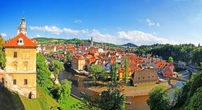 Воздушный панорамный взгляд Cesky Krumlov стоковые изображения