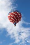 Воздушный шар красного цвета, белых и голубых горячий Стоковая Фотография RF