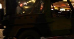 воинский виллис в центральном страсбурге во время чрезвычайных положений в Франции акции видеоматериалы