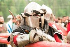 Воинский и исторический фестиваль реконструкция Рыцарь Стоковое Изображение RF