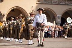 Воинский оркестр на главной площади во время соотечественника и праздничного дня заполированности ежегодника День Конституции Стоковое Изображение RF