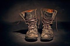 воины ботинок старые работают worn Стоковые Изображения RF