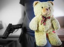 Война или невиновность? Которую сторону вы выбираете? Стоковые Фото