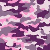 Войска камуфлируют безшовную картину, фиолетовый monochrome Печать повторения camo классического стиля одежды маскируя рубин крас Стоковые Фото