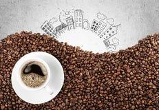 вокруг магазина кофейных чашек фасолей свежего Стоковое Изображение RF