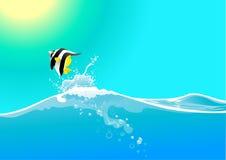 волна воды рыб скача Стоковое Изображение