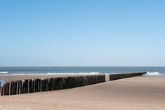 волна выключателя пляжа стоковая фотография
