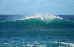 волна захода солнца берега Гавайских островов пляжа северная Стоковое фото RF