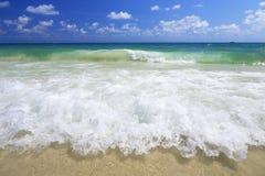 волна моря пляжа Стоковая Фотография