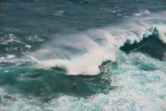 Волна островов пасхи стоковое изображение
