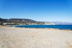Волнистое скалистое побережье на острове Крита Стоковые Фото