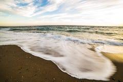 Волны в движении в различном изображении стоковое фото rf