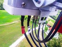 Волны клетчатой антенны сети излучая и передавая сигнала стоковая фотография rf