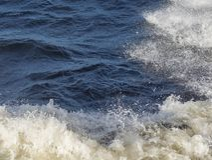 Волны моря и белая пена Стоковая Фотография