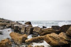 Волны на побережье Чёрного моря стоковая фотография
