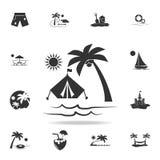 Волны песчаного пляжа, располагаясь лагерем шатра и пальм на значке захода солнца Детальный комплект значков праздников пляжа Наг иллюстрация штока