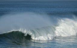 Волны с с ветром берега Стоковые Фото