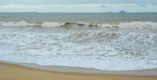 Волны шторма на море стоковое изображение rf