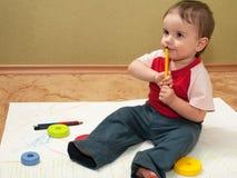 волокно художника пишет заботливым детенышам стоковая фотография rf