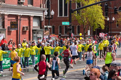 волонтеры 2010 марафона boston Стоковое Фото