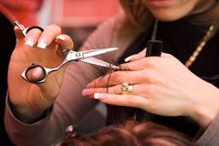 волосы вырезывания Стоковая Фотография RF