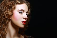 Волосы девушки курчавые красные Стоковое Фото