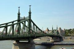 вольность budapest Венгрии моста стоковые изображения