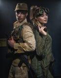 2 вооруженных люд с оружием Стоковая Фотография RF