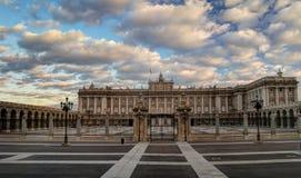 дворец pincipal королевская бортовая Испания madrid стоковое фото
