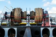 Ворот зачаливания на палубе корабля Стоковые Изображения