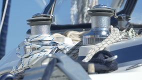 Ворот и веревочки яхты видеоматериал